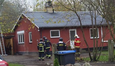 Brandfolk kaldt ud til skorstensbrand