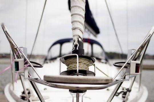 Sejlbåd gik på grund ved Nykøbing