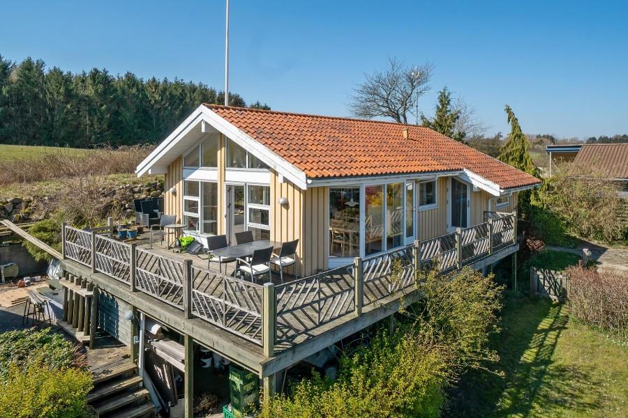 Fritidshus med udsigt over Isefjorden