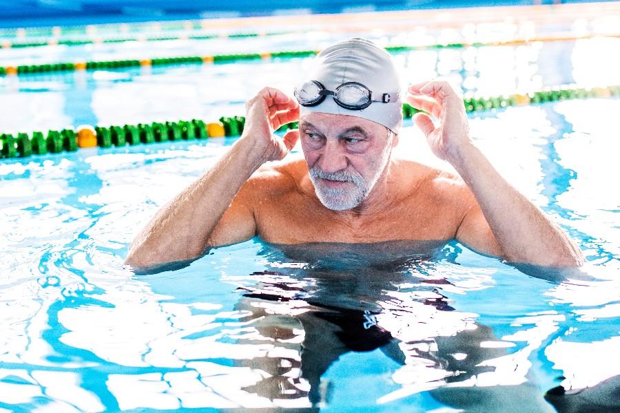 Byrådet vil gøre ældres svømning gratis