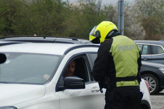 Kvinde uden kørekort fik bil beslaglagt