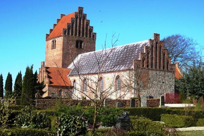Fredet gravsten i Egebjerg skal repareres