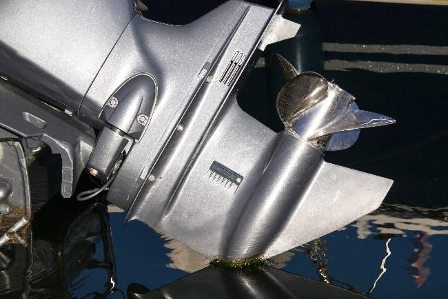 Bådmotor stjålet fra båd i Kildehusene