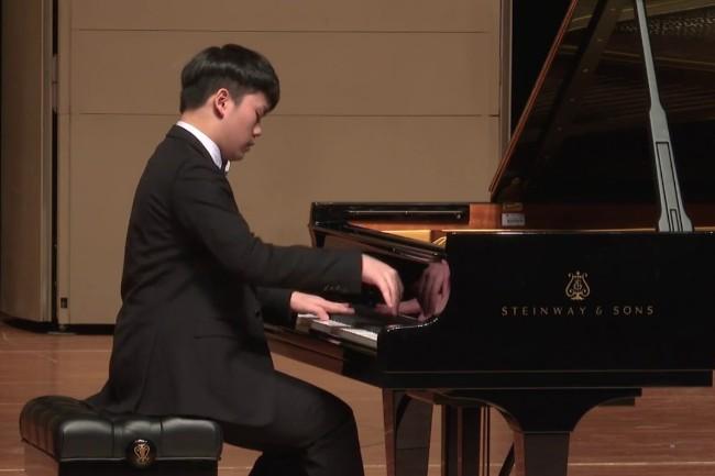 Verdenskendt pianist besøger Nykøbing