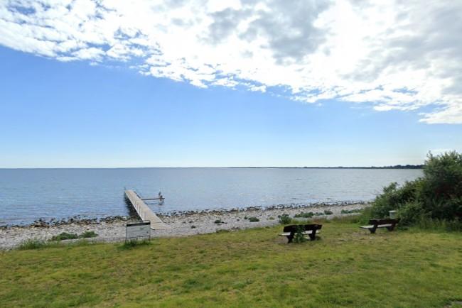 Badning frarådes syd for Klint Havn - vandet lugter
