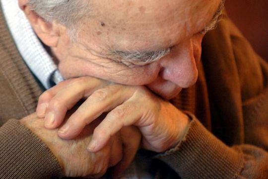 Ansæt flere til pleje og omsorg for ældre