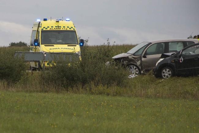 To biler i færdselsuheld ved Nr. Asmindrup