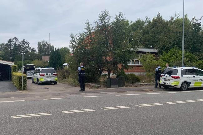 Tre anholdt ved større politiaktion i Nykøbing