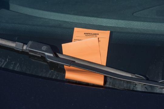 Vagn Ytte ønsker parkeringsvagter