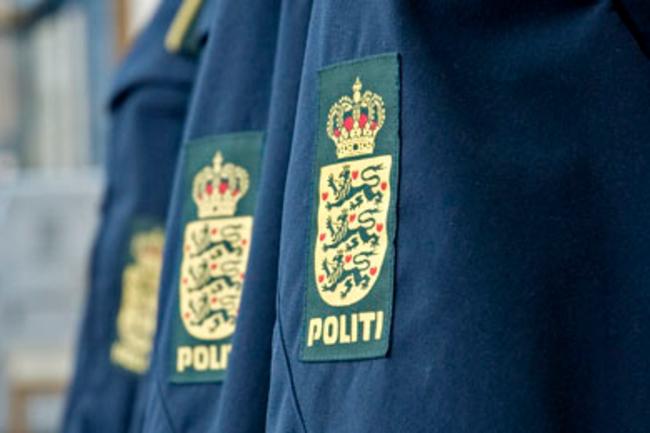Tyveri fra uaflåst personbil i Højby
