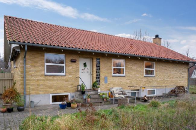 Villa i Rørvig med god kælder