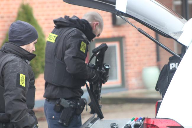 35-årig mand skal forblive i politiets varetægt