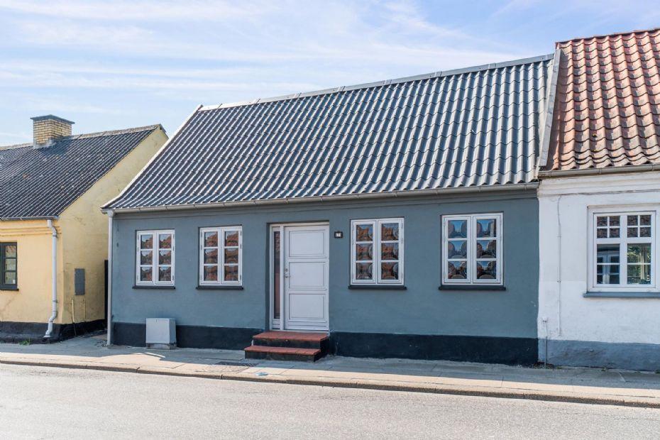 Charmerende byhus i Nykøbing