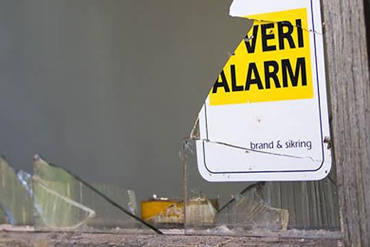 Store ødelæggelser i fritidshus i Nykøbing