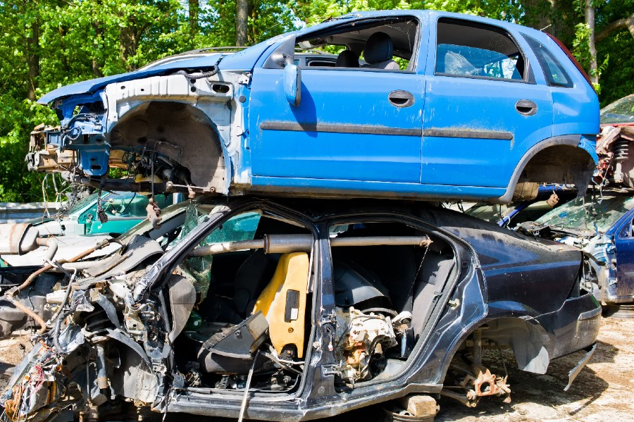 Ekstra penge i jern- og autoskrot