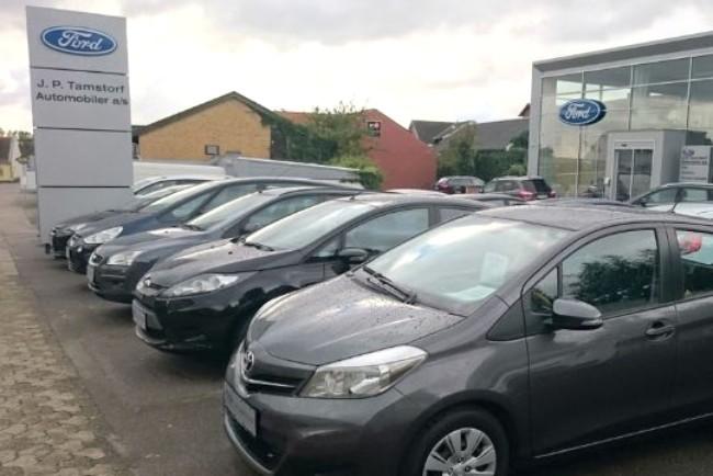 Bilforhandler har vendt underskud til overskud