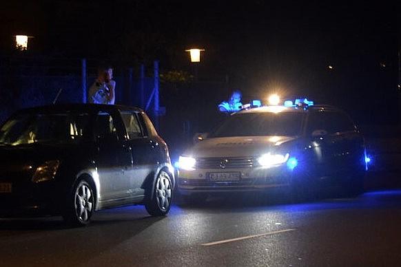Narkobilist uden kørekort anholdt i Højby
